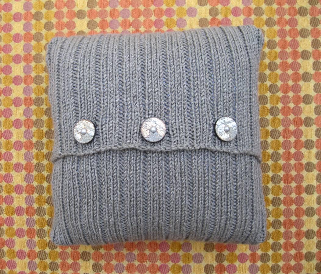 Independence Pillow – Knit Purl Hunter KAL
